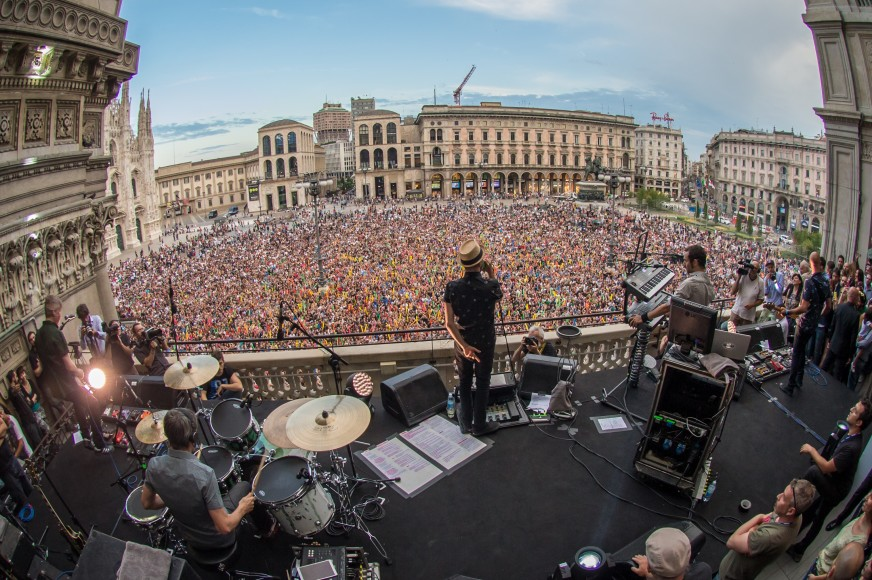 Subsonica-Live-with-Samsung-Galaxy-Tab S-duomo-2014_2